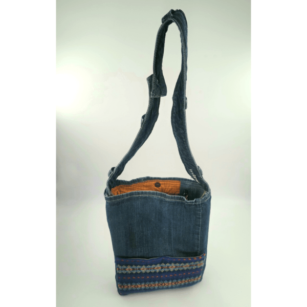 Full front view of upcycled tote showing tope of strap to bottom of bag