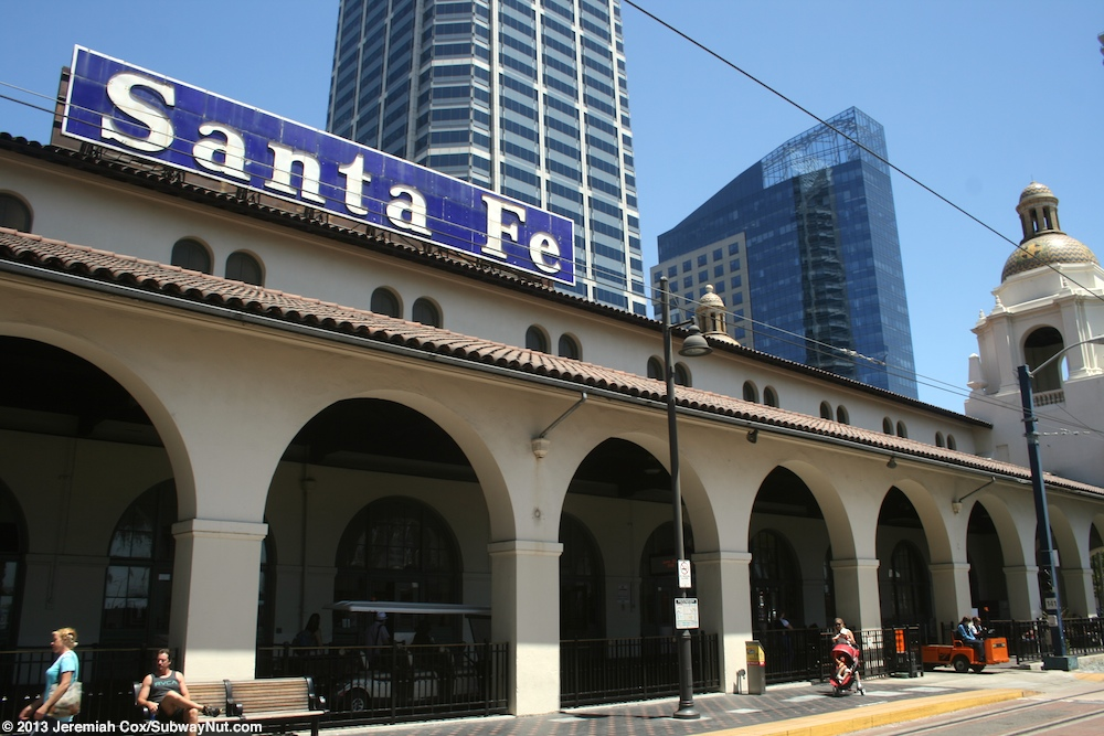 Santa Fe Depot San Diego Trolley Blue Line Coaster  Amtraks Pacific Surfliner  Photos Page