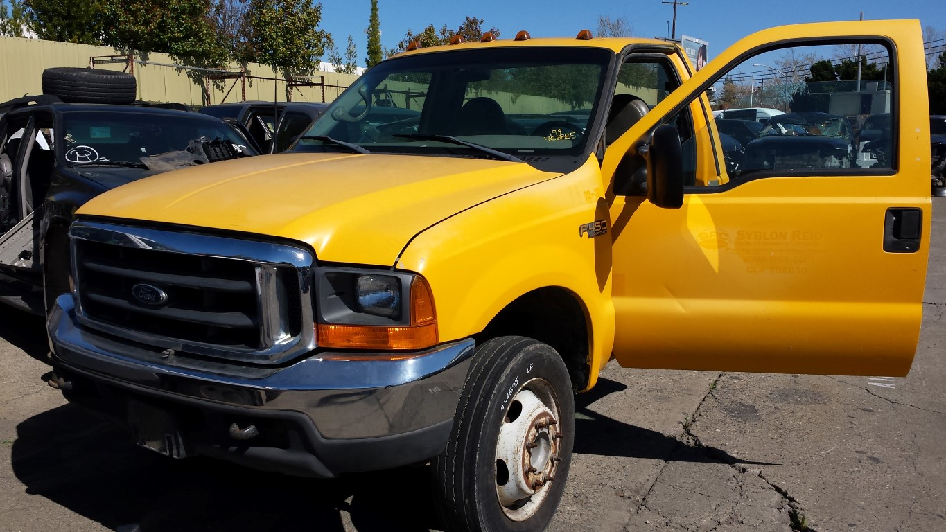 hight resolution of parting out 1999 ford f450 2wd 7 3l powerstroke turbo diesel zf s 650 manual