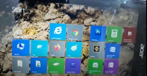 Layar Laptop Bergerak Sendiri