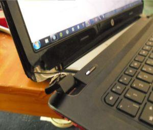 Laptop Patah