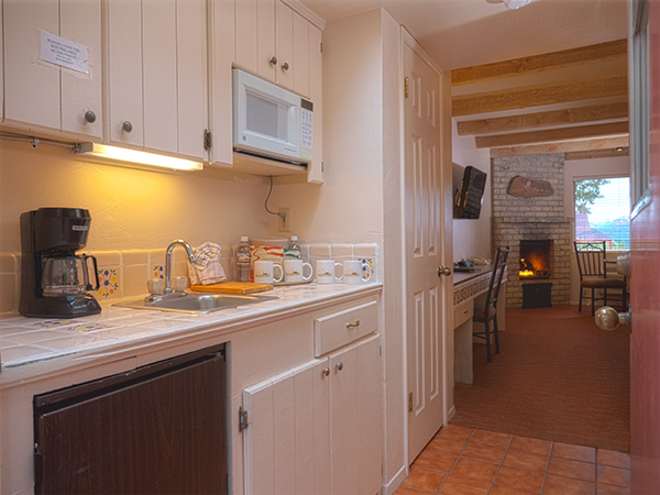 kitchenette and Fireplace room sedona arizona