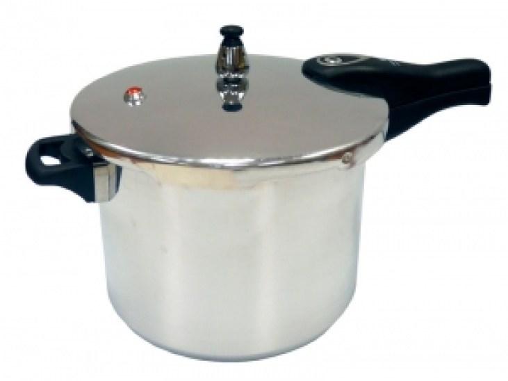 IMUSA Aluminum Pressure Cooker (4 quarts)