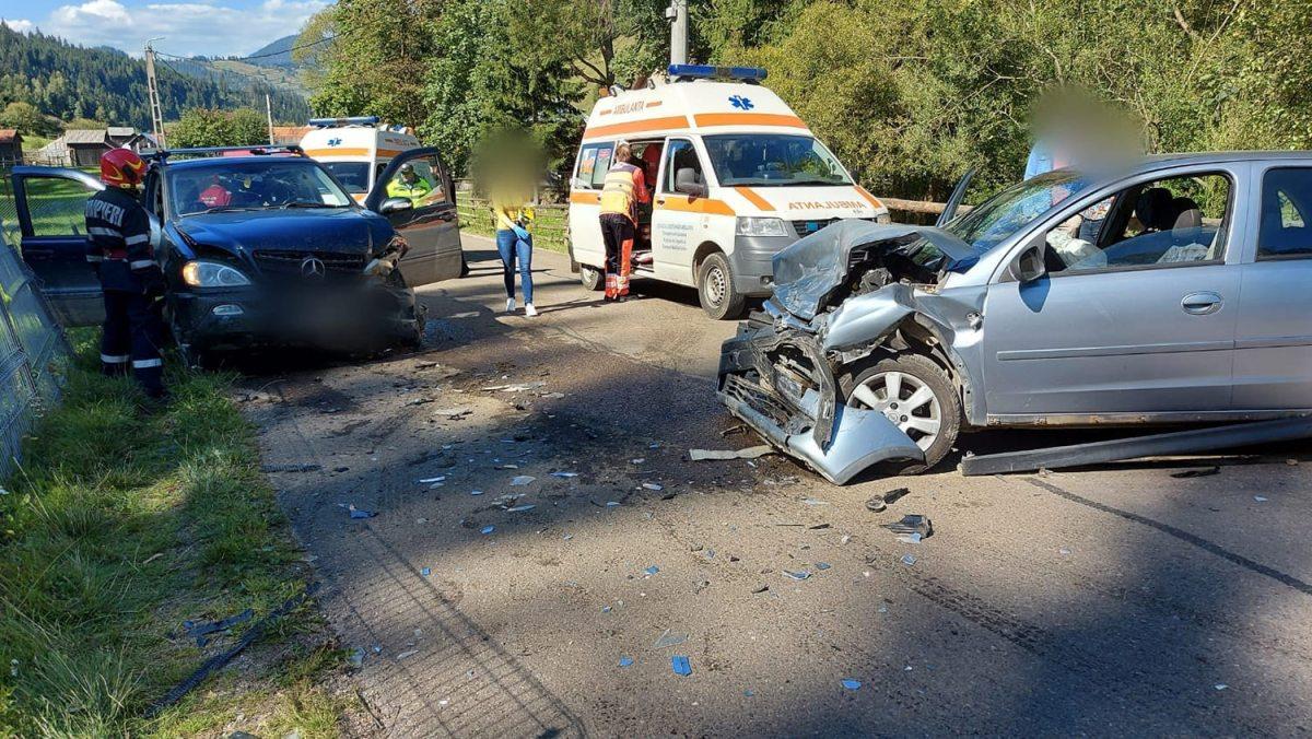 Accident rutier între două autoturisme pe în localitatea Pojorâta