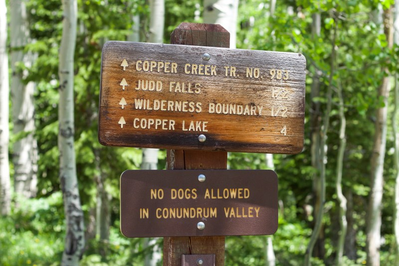 Wooden sign that points to Judd Falls and other trails.