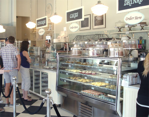 Such Pretty Things: Magnolia Bakery, Los Angeles