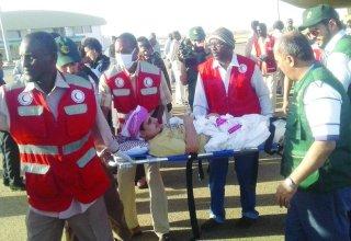 نقل مصاب يمني للعلاج بمدينة مروي الطبية بالسودان