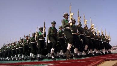Photo of وزارة الدفاع السودانية تقرر تجميد قرار ترقية الدفعة ٣ جامعيين بعد احتجاجات الدفعة ٥٢ كلية حربية