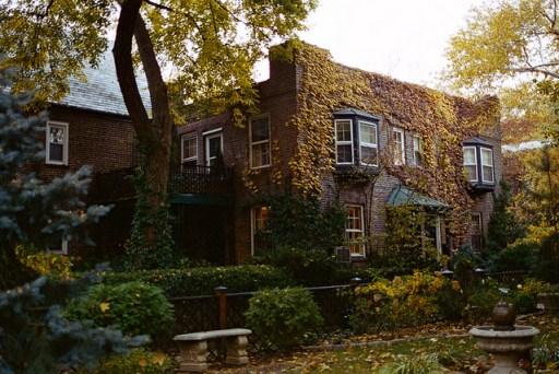 Sunnyside Gardens, Queens - (source: flickr user k_dellaquila)