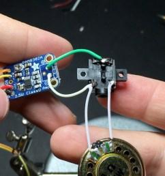 speaker and headphone jack to amp [ 2560 x 1440 Pixel ]