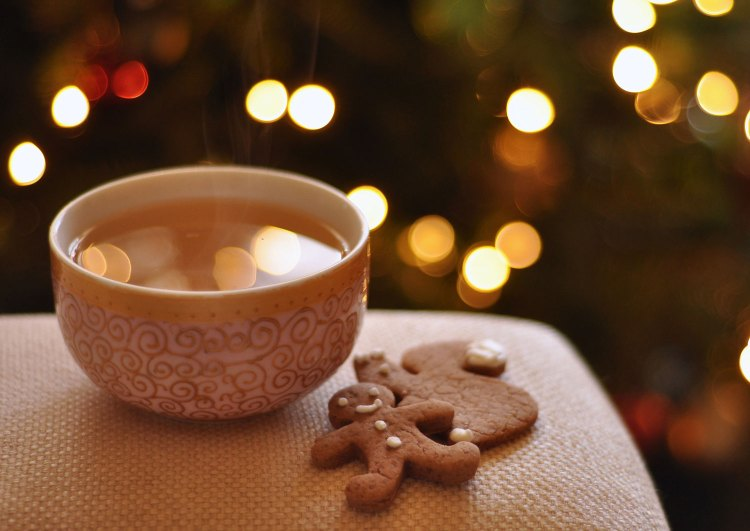 winter morning , cup of tea and gingerbread cookies