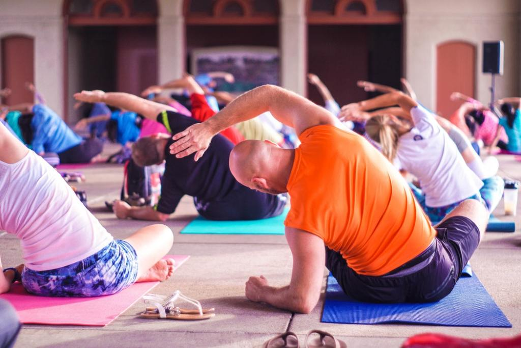 Gift Dad Yoga Classes For Father's Day