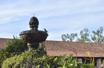 Landing at the Mission Fountain (5)