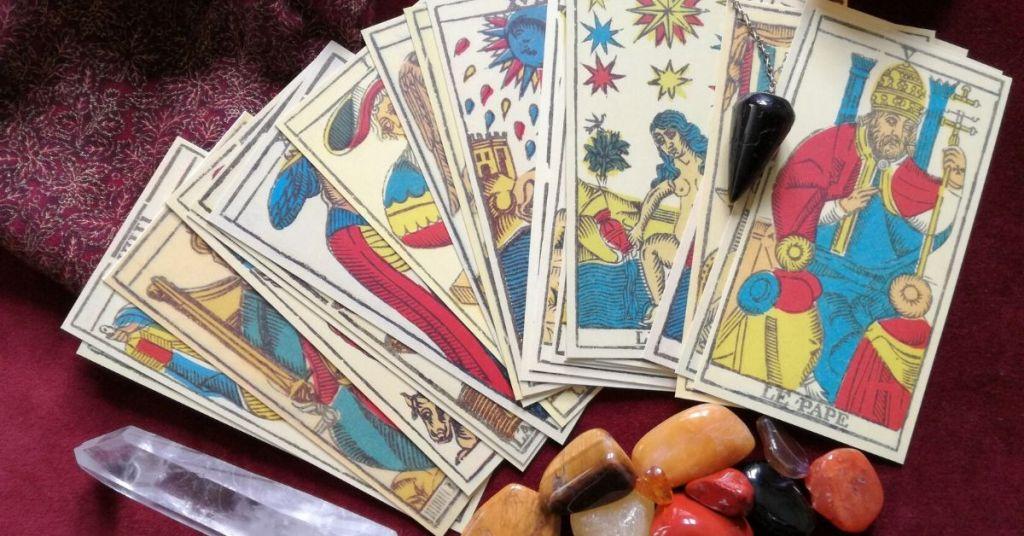 4 Tips for Tarot Beginners