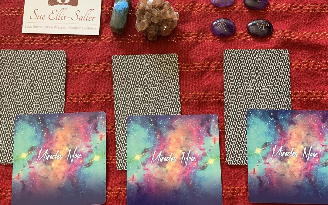 Choose A Pair – Your Weekly Tarot and Oracle Card Reading May 4th, 2020