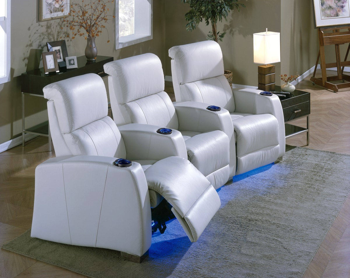 Movie Chairs For Home Theaters Home Theater Seating Recliners And Sofas Suess Electronics