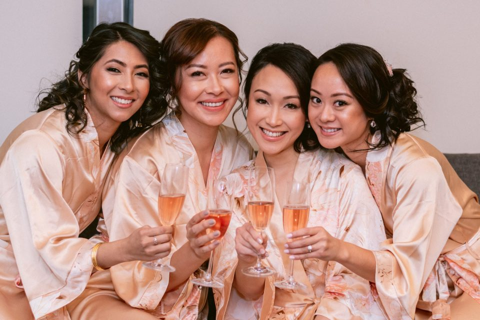 bridal-party-wearing-amazon-robes-suessmoments-wedding-photographer