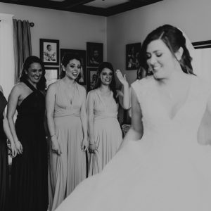 bridal-party-first-look