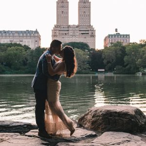 central-park-engagement-photos-suessmoments-nyc-photographer