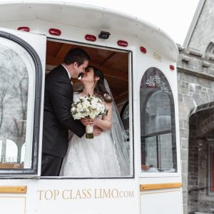 top-class-limo-wedding-suessmoments