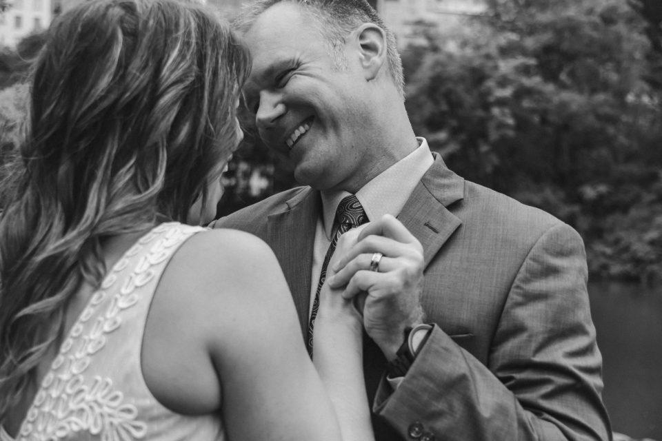 black-and-white-wedding-photos