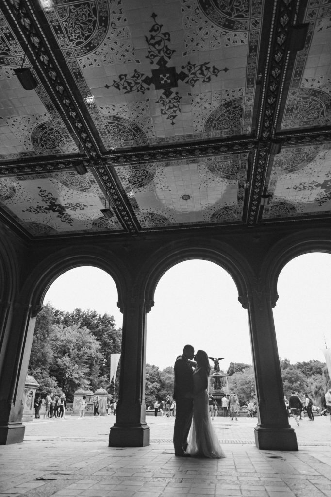 bethesda-terrace-black-and-white-photos-suessmoments