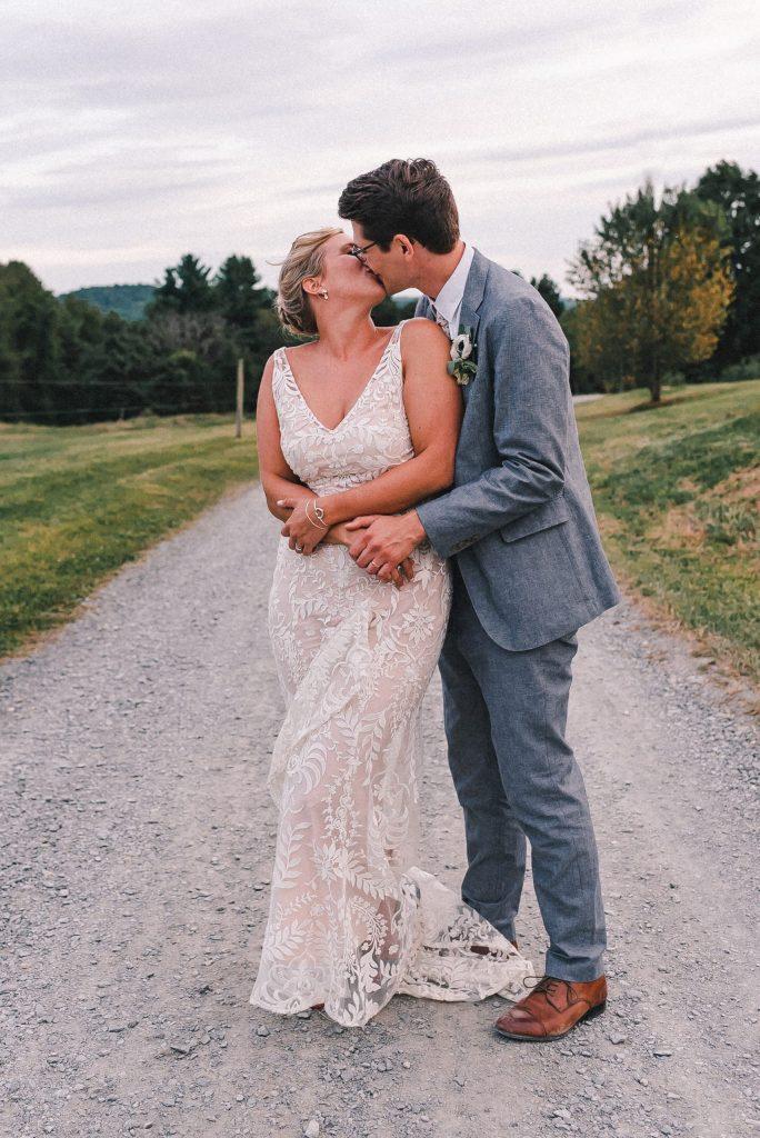 newlyweds-suessmoments-wedding-photography