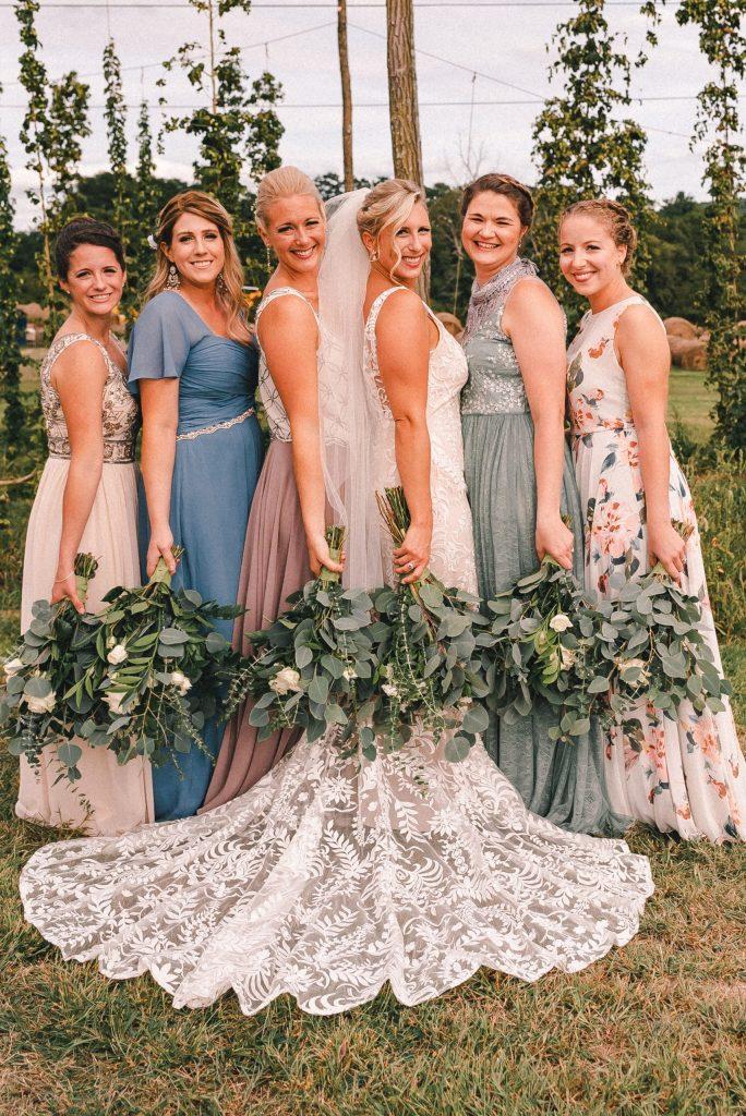 bridesmaids-wedding-photos-suessmoments