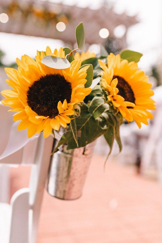 sunflower-wedding-theme-suessmoments-wedding-photographer