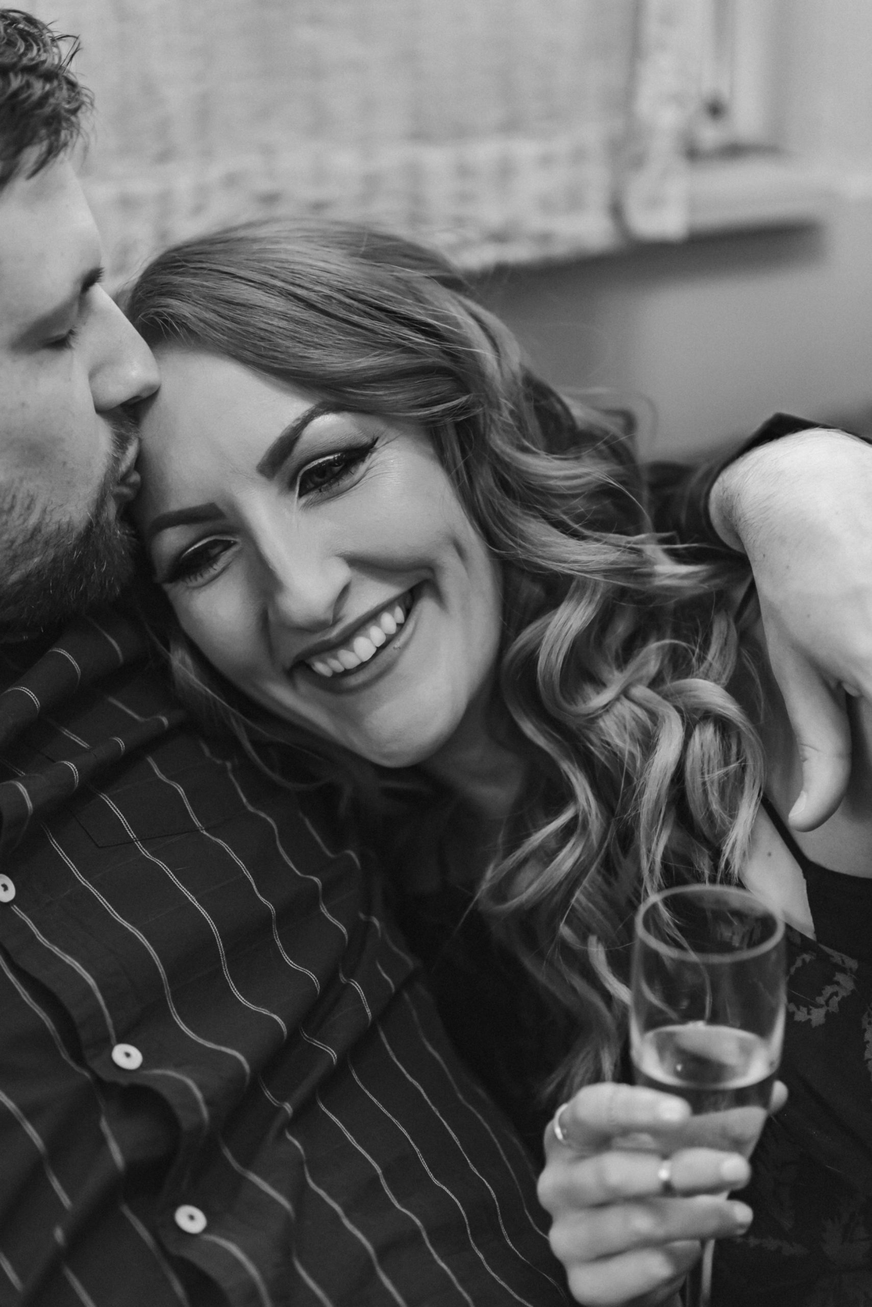 black-and-white-engagement-photos-brooklyn-photographer-suess-moments