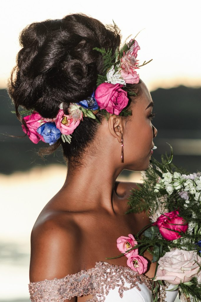 glamurosa-designs-floral-hair-crown-flower-roses-suess-moments-photography