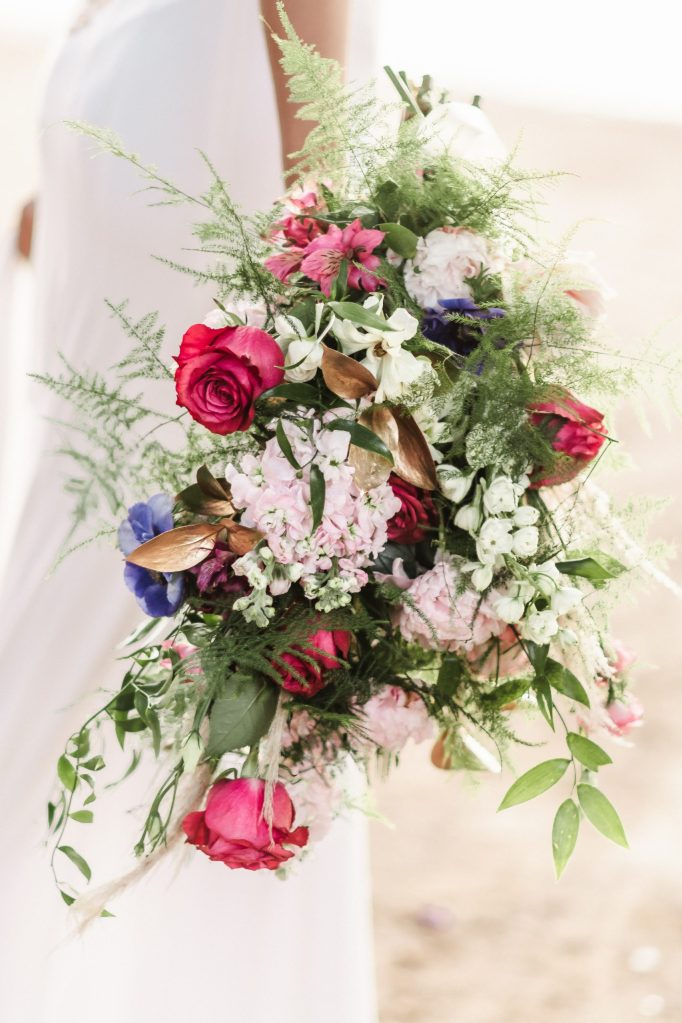 glamurosa-designs-cascading-bouquet-purple-and-green-and-pink-suessmoments