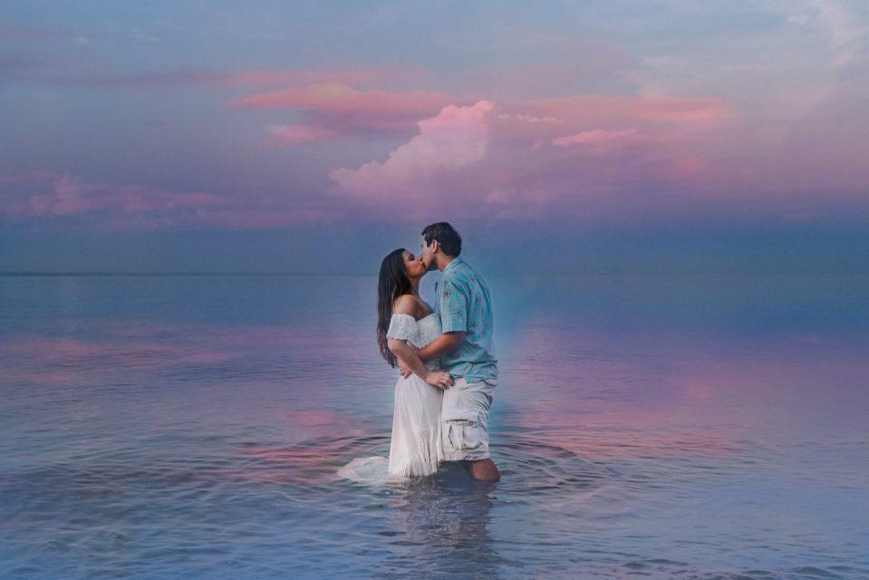 photoshop-image-smoke-bomb-blue-beach-couple-photo-suessmoments
