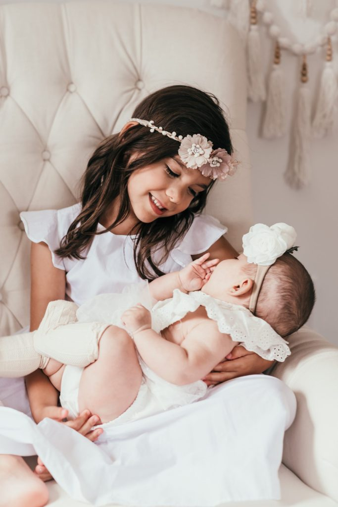 sister-love-photo-family-photography