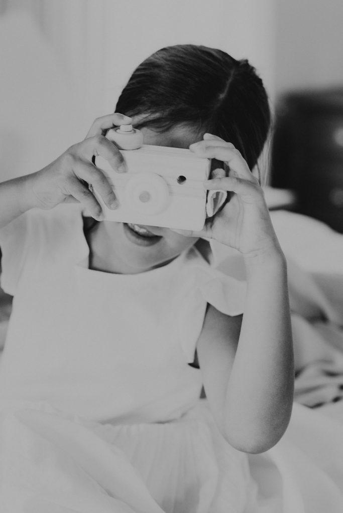 wood-camera-toy
