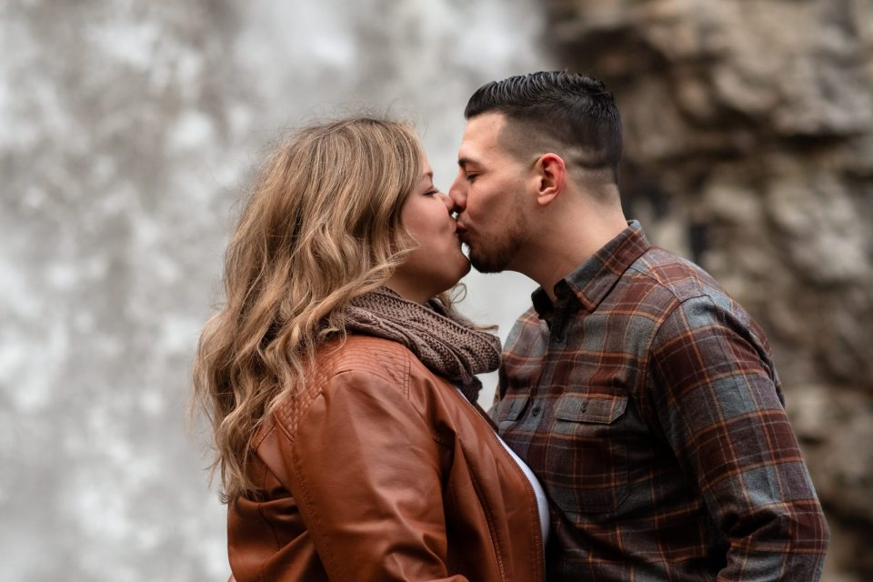 mohonk-mountain-house-engagement-photography-awosting-falls-by-suessmoments