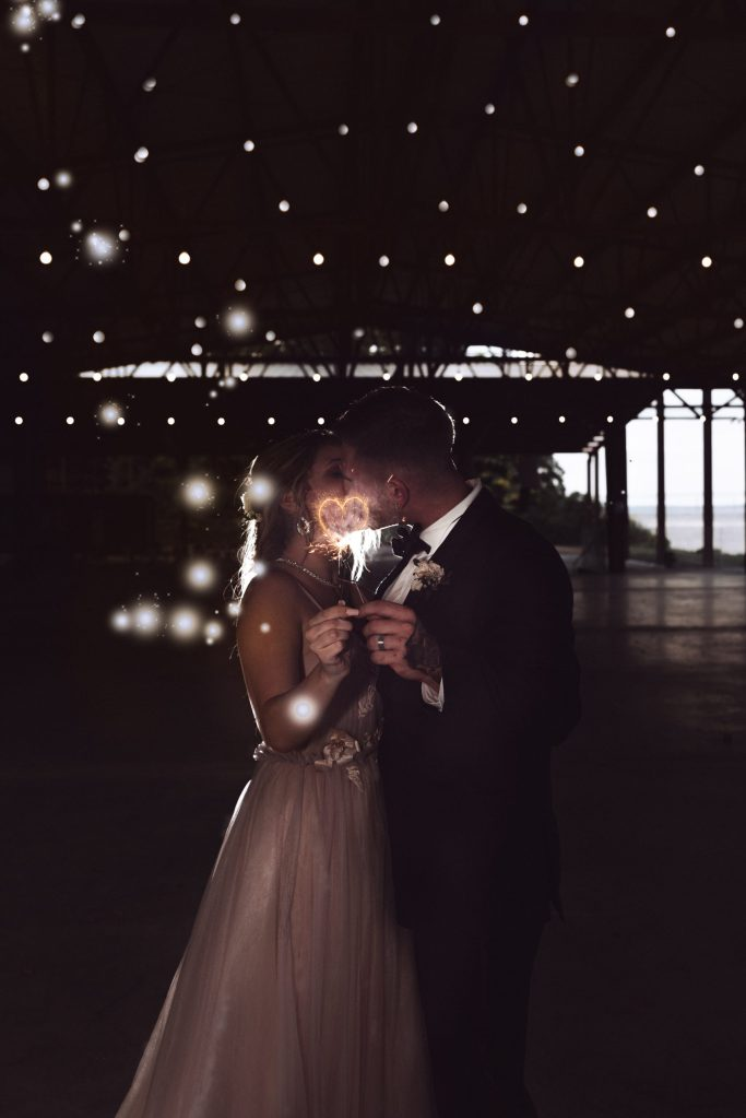 sparkler-wedding-photography-by-suessmoments