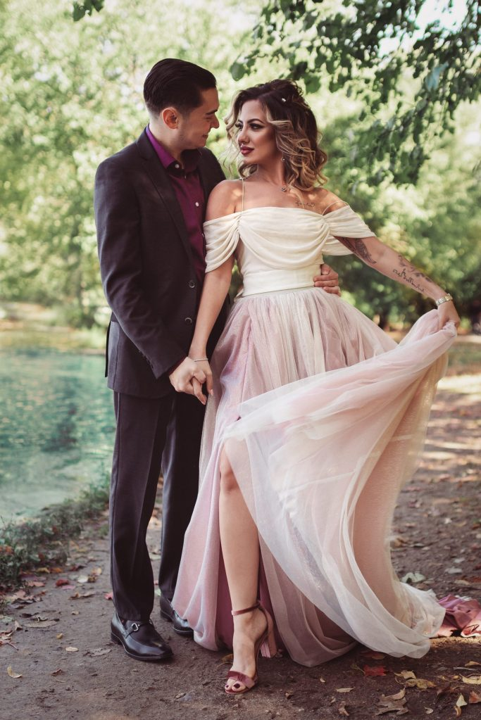 tulle-fairytale-skirt-for-engagement-photos-flowy-dress-suessmoments