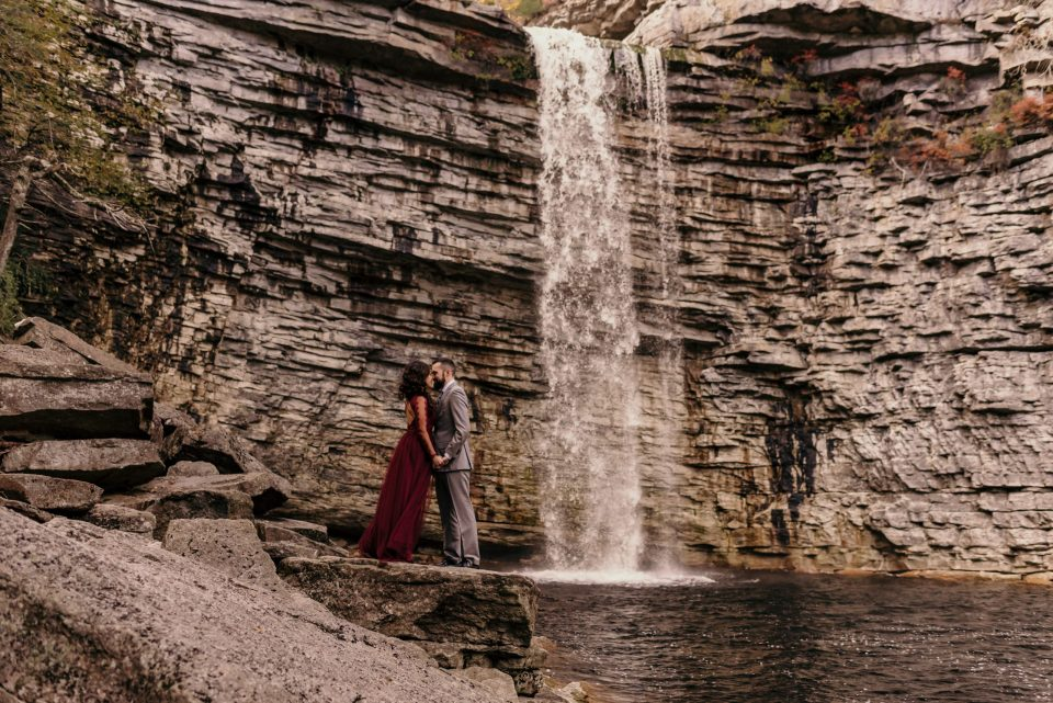 minnewaska-state=park-mohonk-mountain-house-engagement-photography-by-suessmoments-waterfall-couple