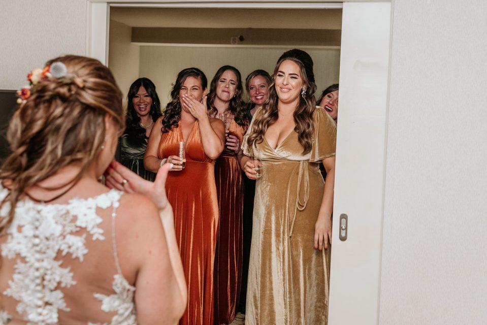 first-look-bridesmaids-new-york-wedding-photography-suess-moments