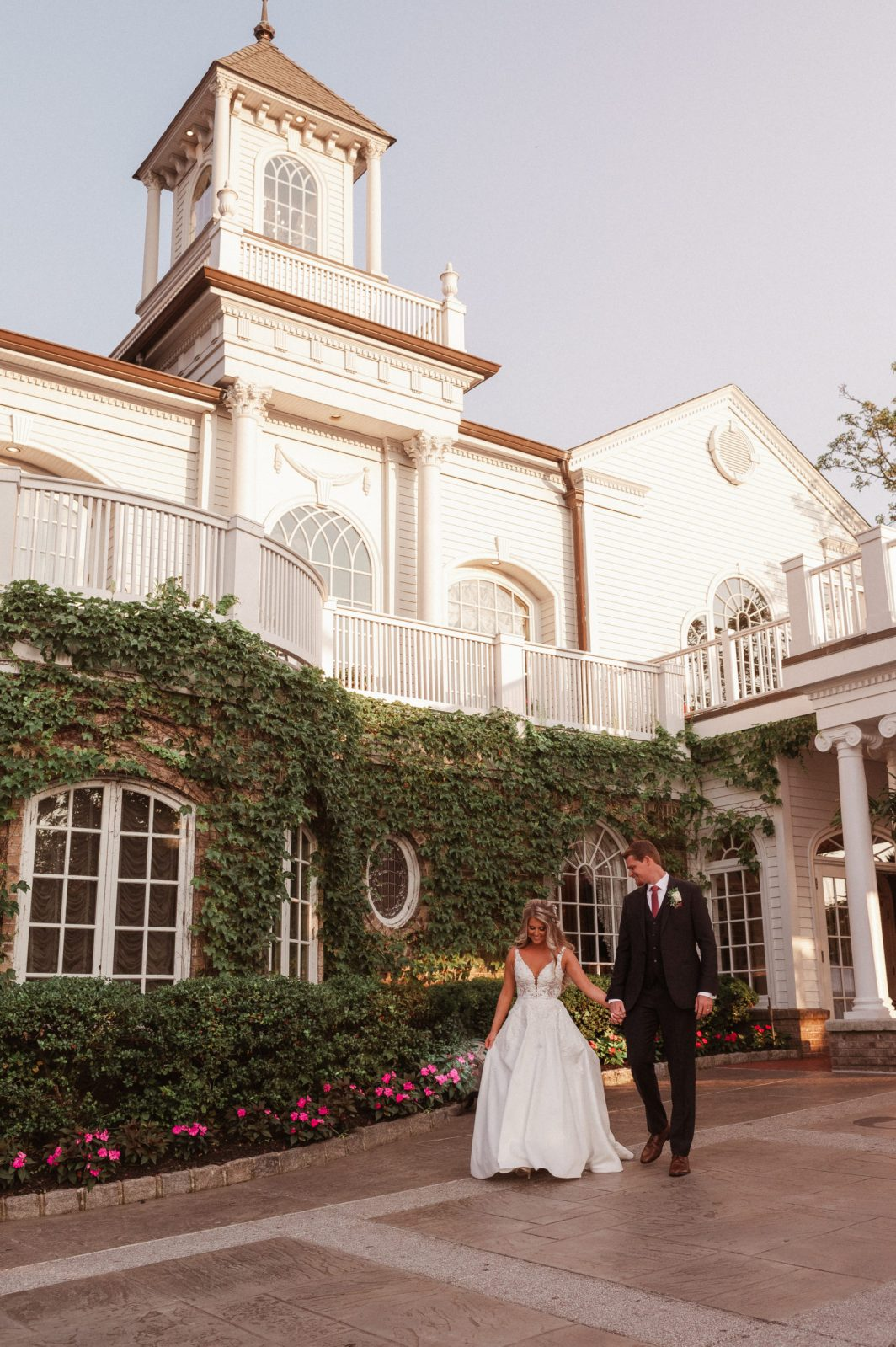 fairytale-wedding-photos-at-the-brownstone-nj-photographer-suess-moments