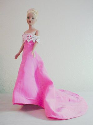tiny-kitty-pink-train-evening-gown