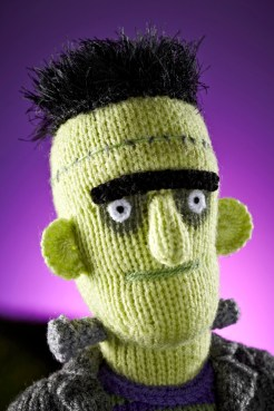 http://simplyknitting.themakingspot.com/blog/hes-here-alan-darts-halloween-hulk