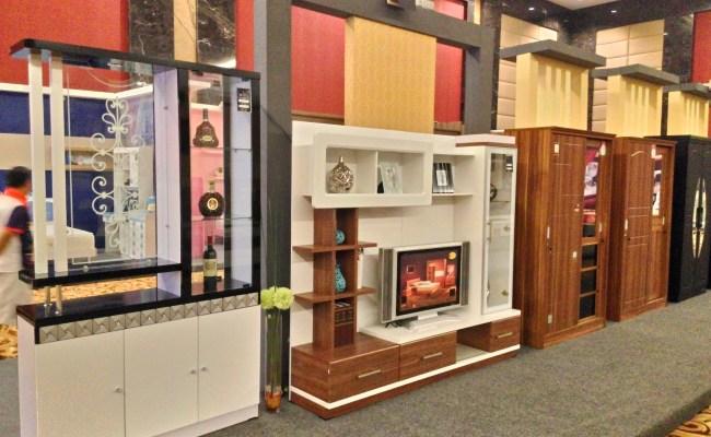 Pameran Produk Olympic Furniture Di Singasari Hall Batu
