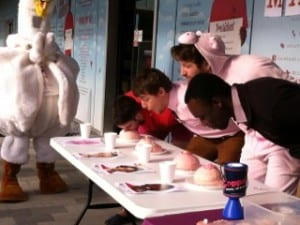 Student Union breast cancer awareness event