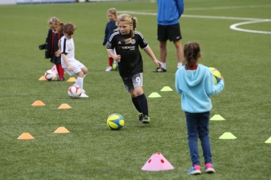 Sutton United Girls Soccer Development_1001