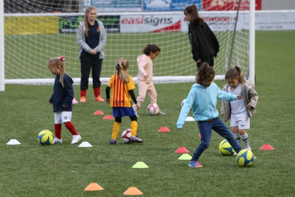 Sutton United Girls Soccer Development_1002