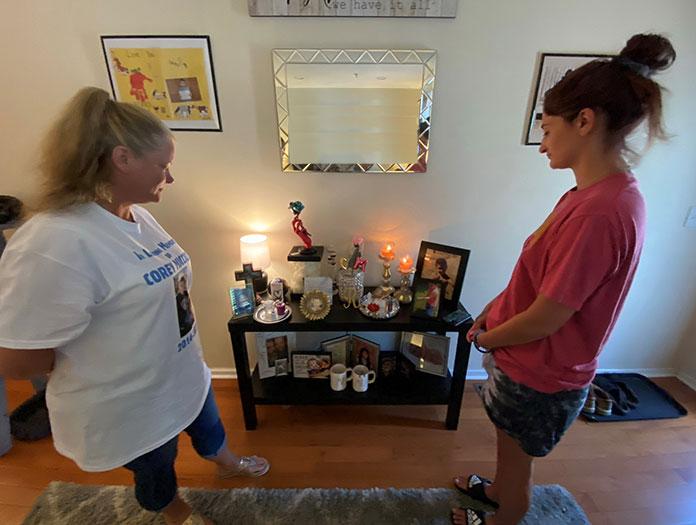 Rebecca Loudin (left) and Breanna Micciolo.