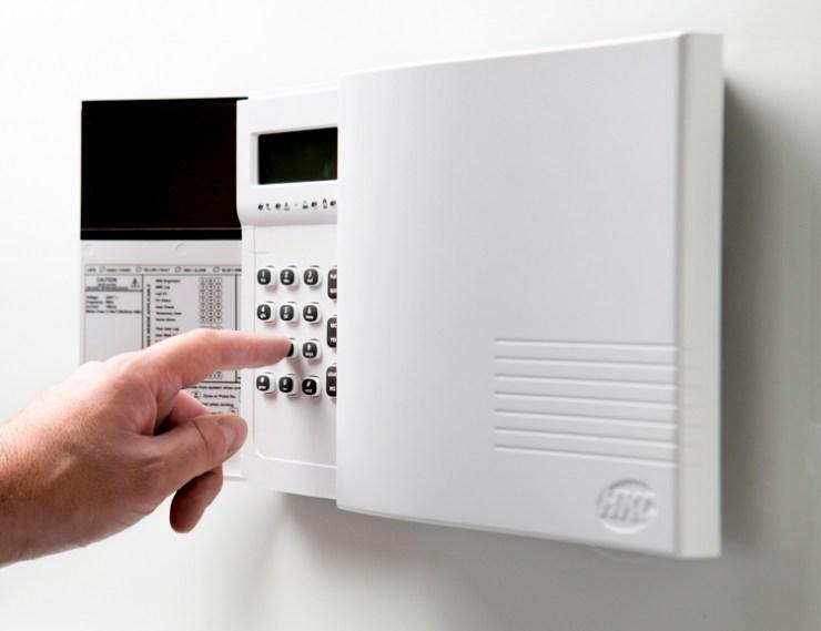 HKC Quantum 70 Intruder Alarm Control Panel Image