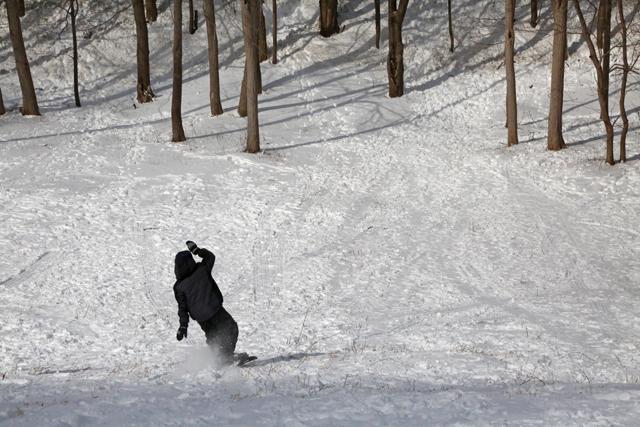 10_Mattituck sledding